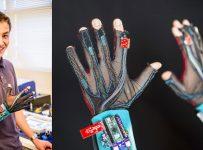 2 gants connectés