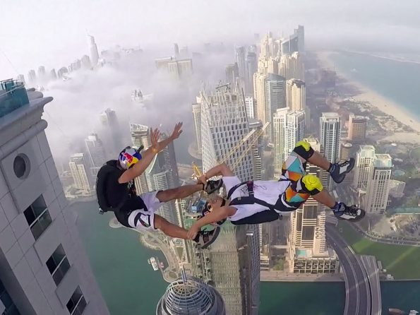 chute libre à Dubaï