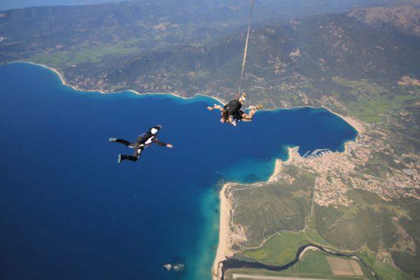 saut en parachute corse chute libre