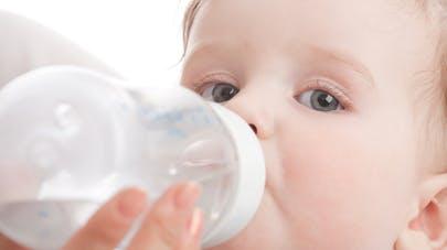 Les besoins en eau des tout-petits